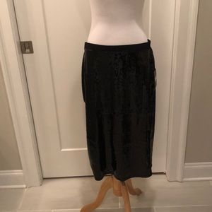 NWT Vince Camuto sequin pencil skirt
